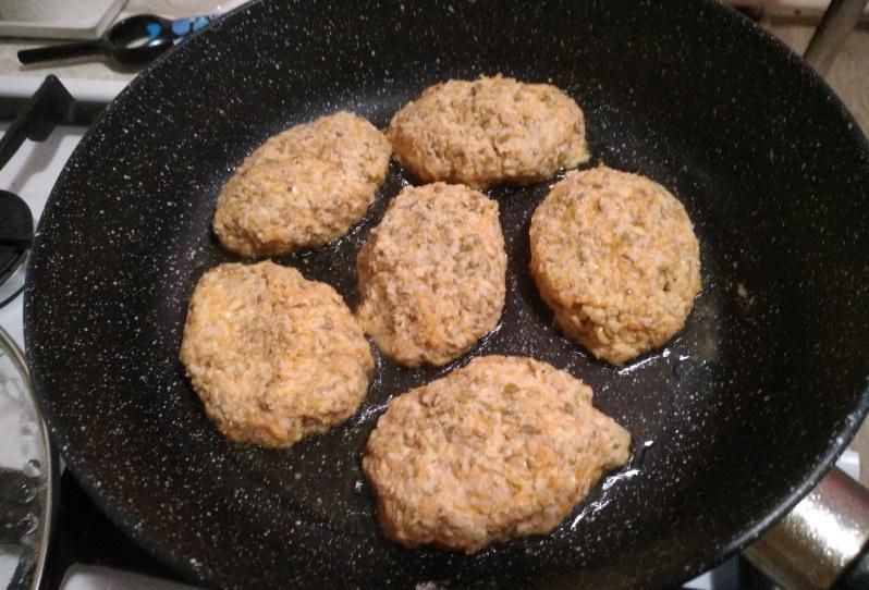 Котлеты из чечевицы - просто и вкусно. Рецепт.