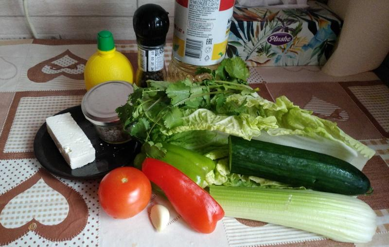 Легкий салат из пекинской капусты. Продукты